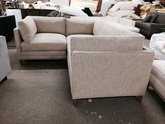 Small spaces sofa or sectional solutions for small for Sectional sofas in small spaces