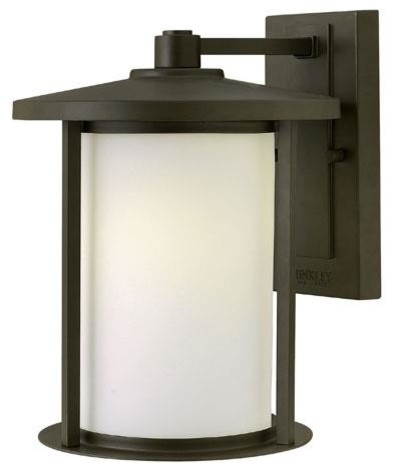 Hinkley Lighting 1914OZ Outdoor Sconce Lighting from the Hudson Collection contemporary-wall-lighting