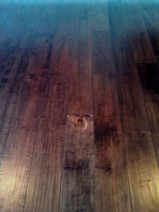 Johnson English Pub Engineered Hardwood, color Stout -