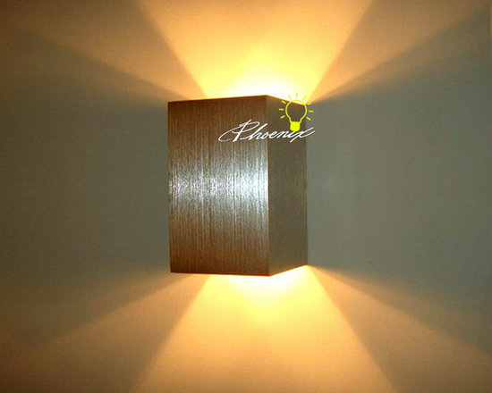 Modern Brushed Aluminium Wall Sconce - Modern Brushed Aluminium Wall Sconce