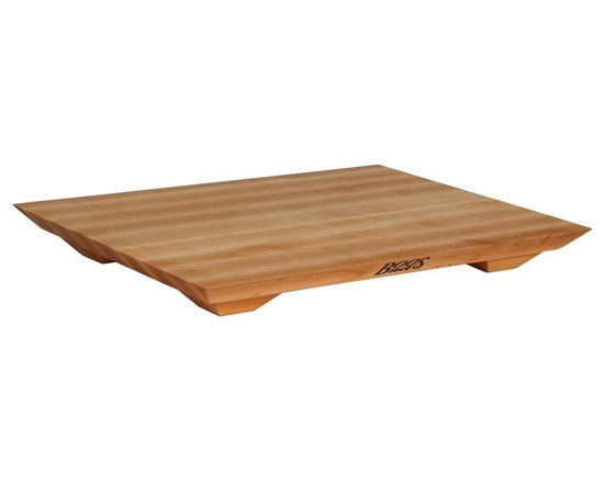 John Boos - Non-Reversible Fusion Board - Includes board cream with beeswax. With feet. Non-reversible. Edge grain construction. Warranty: One year against manufacturing defects. Made from northern hard rock maple. Made in USA. 20 in. L x 15 in. W x 1 in. H (9 lbs.)