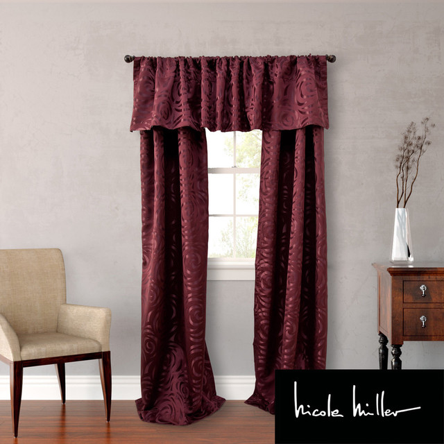 Nicole Miller Red Polyester 84 inch Madison 4 piece Lined