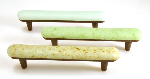Beach Pebble Recycled Glass Medium Pull beach-style-cabinet-and-drawer-handle-pulls