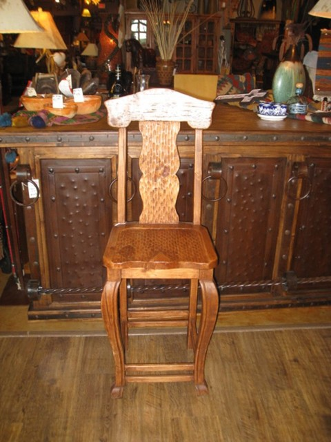 Provenzal Chipped Bar Stool traditional