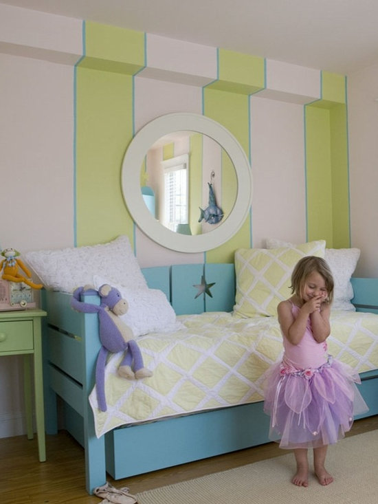 Children's Furniture - Your child will love cuddling up in Maine Cottage's Dory Day Bed with Custom Accents! This cottage style day bed is a versatile option for your kid's room.