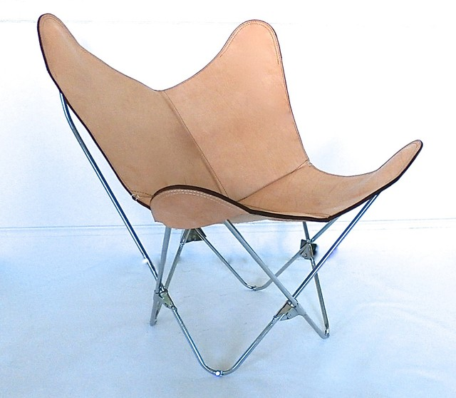 original bkf tripo butterfly chair in leather and wood. Black Bedroom Furniture Sets. Home Design Ideas