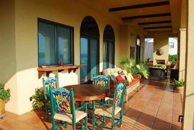 Green Acres mediterranean-porch