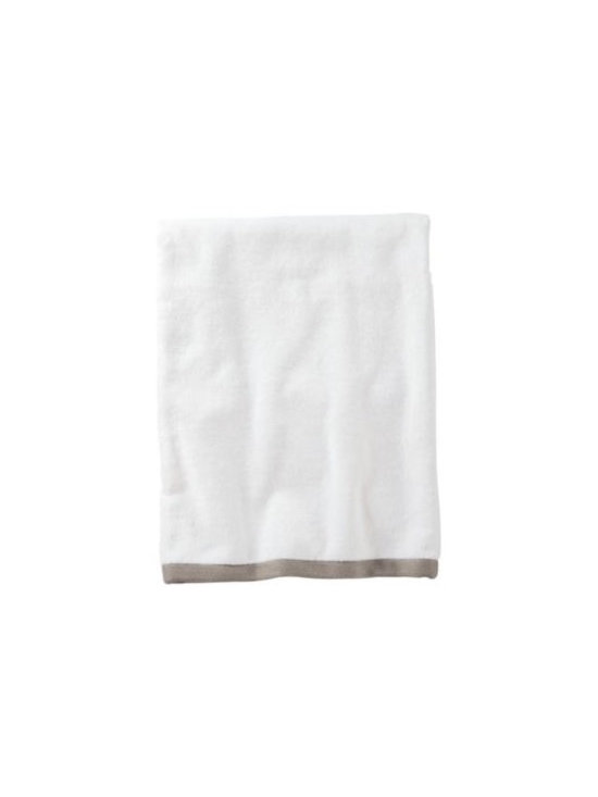 Serena & Lily - Bark Border Frame Bath Towel - Woven in Portugal from supremely soft cotton, these towels are lofty, absorbent, quick to dry, and won &apos t fade, fray or wear out. We love how the substantial stripe pops against the pure white cotton terry. (The washcloth was kept simple&#151a perfect square of all white.)