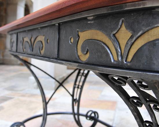 Inlay Table -