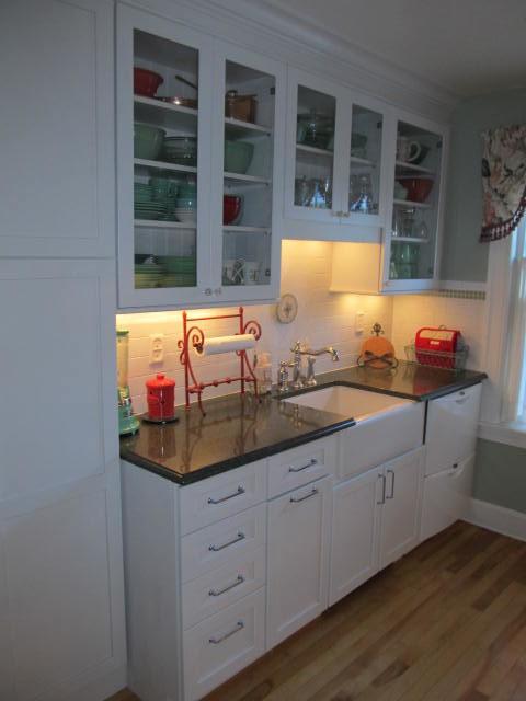 Anne Sweeney Designs traditional-kitchen