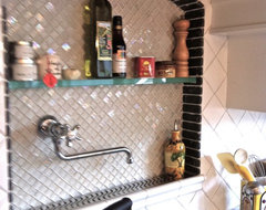 Kitchen Backsplash Feature - North Vancouver traditional kitchen
