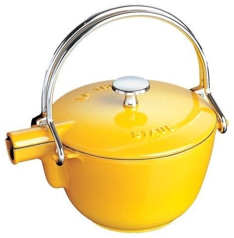 Staub Round 1 Quart Teapot traditional-kettles