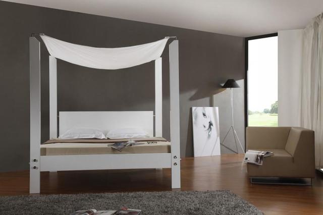 Extravagant Quality Platform Bedroom Set Contemporary