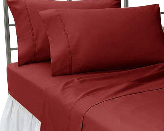 SCALA - 300TC 100% Egyptian Cotton Solid Burgundy King Size Flat Sheet - Redefine your everyday elegance with these luxuriously super soft Flat Sheet. This is 100% Egyptian Cotton Superior quality Flat Sheet that are truly worthy of a classy and elegant look.