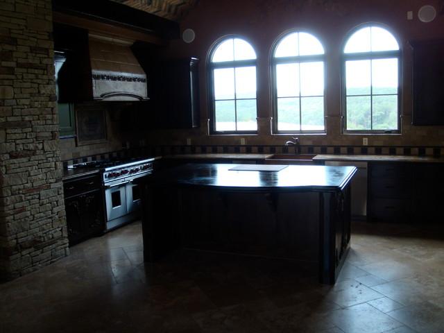 Dorado Soapstone Installed - Kitchen traditional