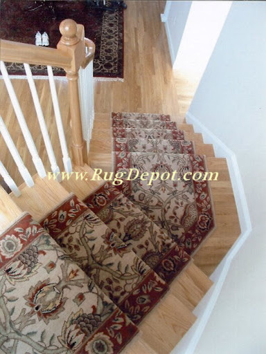 Pie Shaped Stairs carpet-tiles