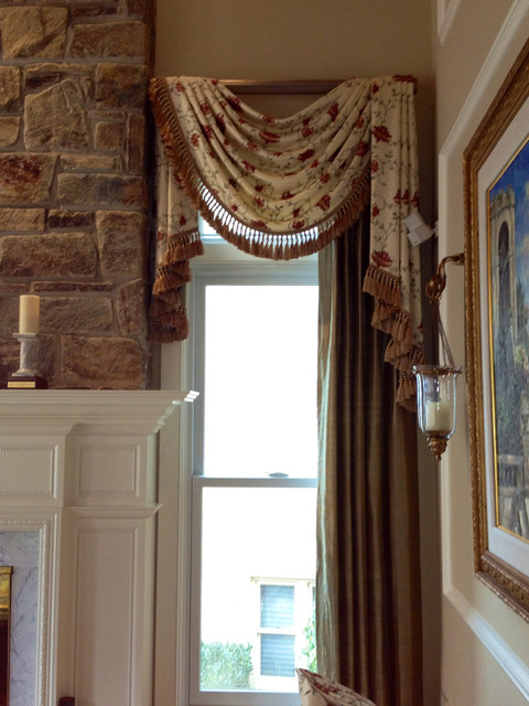 Panels and top treatments traditional living room for Beautiful window treatments