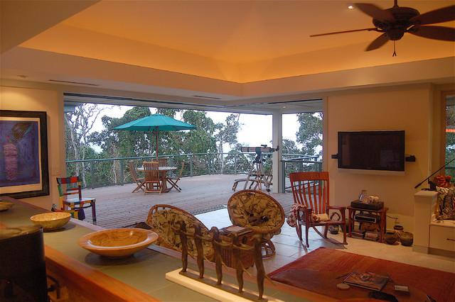 Interiors tropical