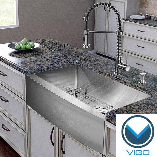 Vigo All in one 30 inch Farmhouse Stainless Steel Kitchen Sink and Faucet Set