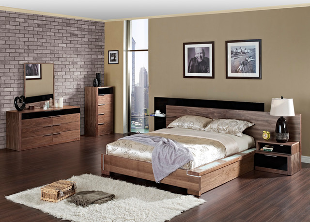 Modern Luxury Bedroom Furniture Sets. Exclusive Leather Luxury .