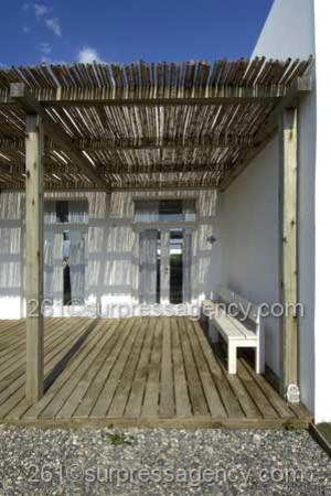 Beach House GREAT ESCAPE eclectic-porch