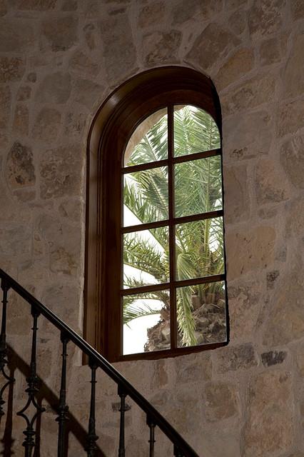 Quantum Windows & Doors | William VanReed Furbush Architect traditional-windows