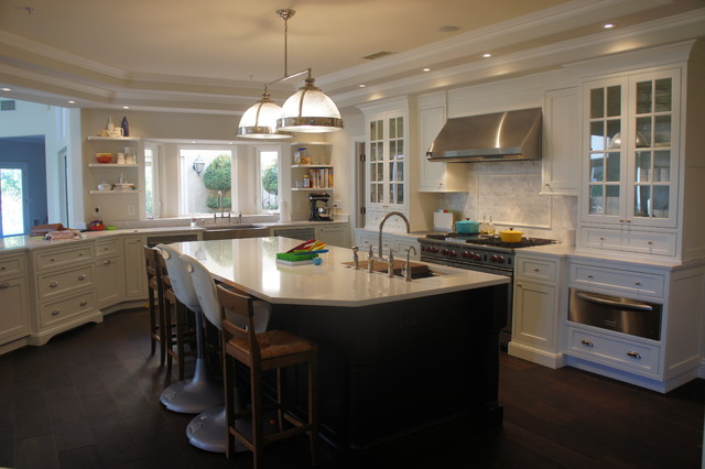 Shiloh Beaded Inset Kitchen By Kas White Traditional Kitchen Cabinets