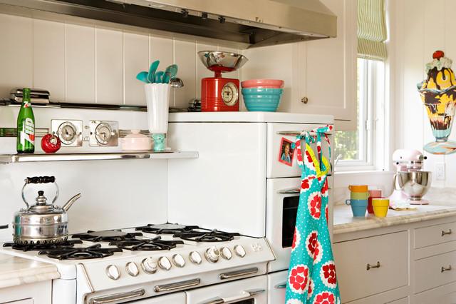 Retro modern kitchen modern kitchen los angeles by annette tatum - Modern vintage kitchen ...