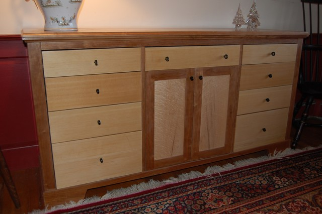 Furniture buffets-and-sideboards