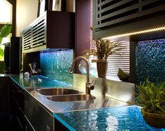 Kitchen glass countertop contemporary-kitchen-countertops