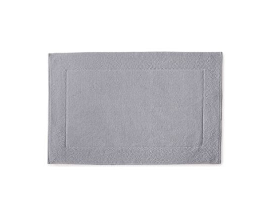 Serena & Lily - Textured Cotton Bath Mat  Dove Grey - Loops of comfy cotton create a great texture that our feet (and eyes) can 't get enough of. Thick and absorbent, it 's heavenly for the bath and a great new basic that works well with practically any color scheme.