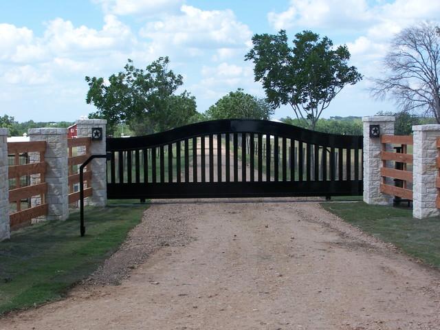 Belville Texas Ranch Gate