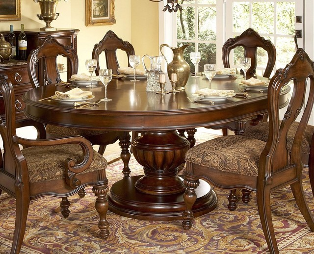 Prenzo Round Dining Table Traditional Dining Tables