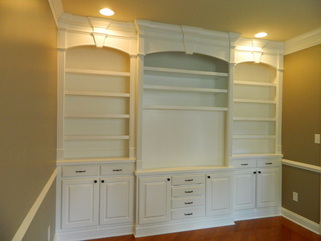 Bookcases and Built-Ins traditional-living-room