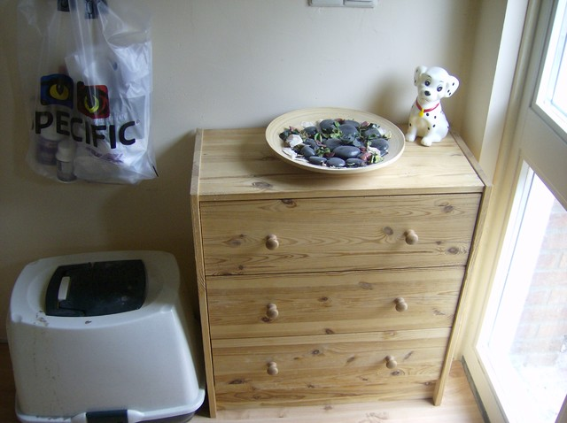 Entry, before: Sideboard