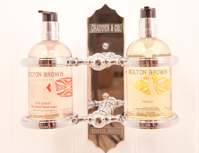 Chadder & Co Accessories traditional-bath-products