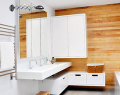 Jeanne-Mance :: Bathroom modern-bathroom