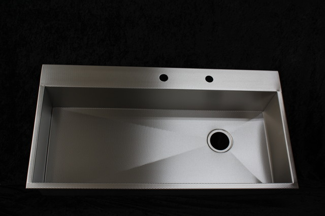 Millennia textured stainless steel smart sink by for Rachiele sink complaints