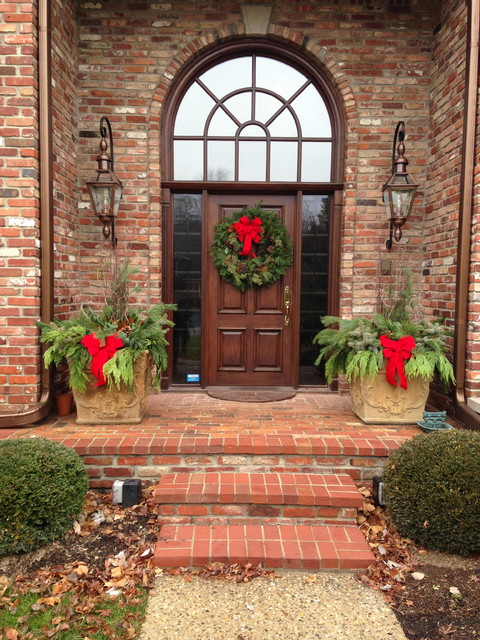 Holiday decor Traditional outdoor christmas decorations