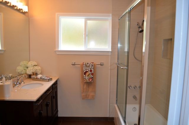 Tulsa Property contemporary-bathroom