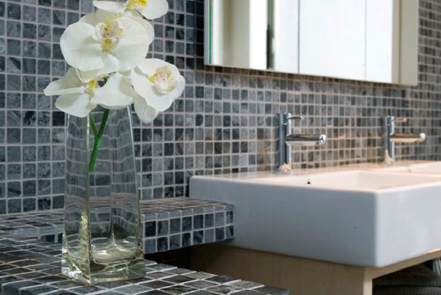Island Stone Silver Quartzitic slate classic mosaic bathroom modern-tile