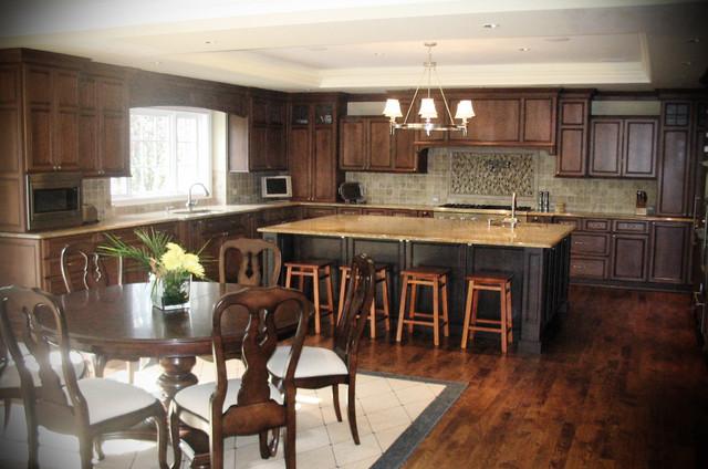 Bloomfield Kitchen traditional-kitchen