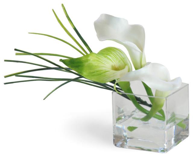 Mini Calla Lily White Flower Arrangement Traditional