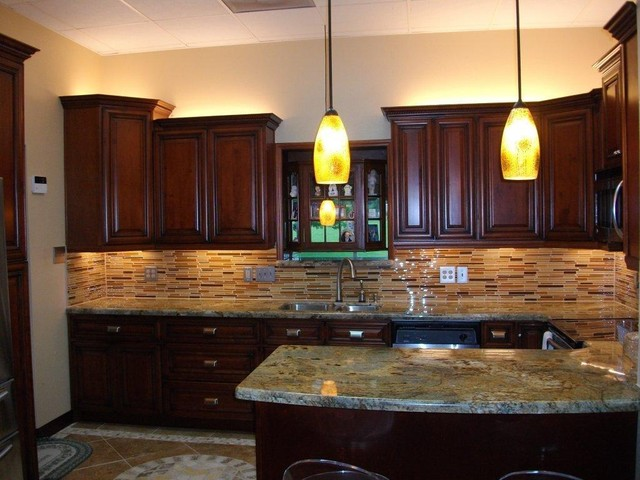 Cherry Rope Kitchen Cabinets Home Design - traditional - kitchen