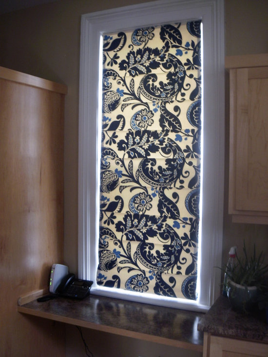 Custom shades - Custom made flat roman shade in a bold blue and cream paisley pattern