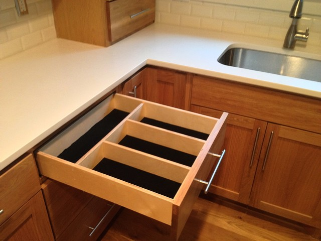 Kitchen's kitchen-drawer-organizers