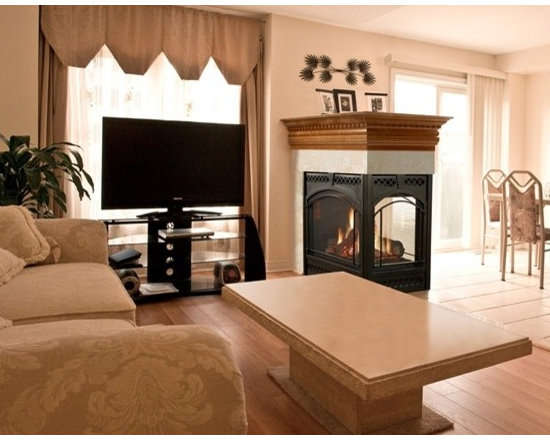 Heat & Glo Pier-36TR - The Pier-36TR makes for a magnificent room divider or even the base of a bar. Three dramatic views showcase fireside ambiance and warmth. Enjoy plenty of efficient heat, plus inspiring design options to match your style.