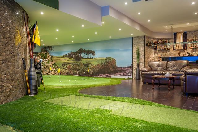 Golf Putting And Simulator Home Basement