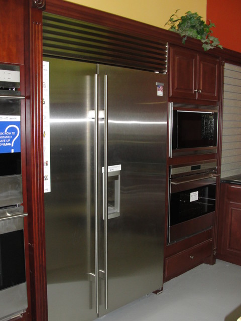 Johnson Brothers TV and Appliance Kitchen Display Suites traditional