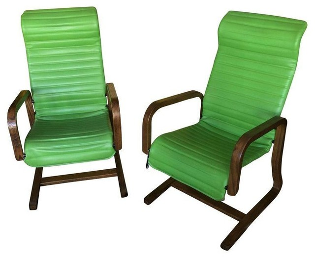 Thonet bentwood lounge chairs in green a pair for Chaise bentwood
